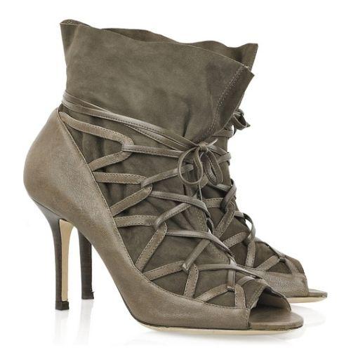 Sandálias e Sapatos com Cadarços e Amarrações 8 Sandálias e Sapatos com Cadarços e Amarrações