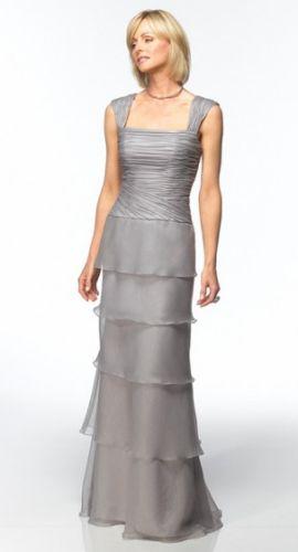 Vestidos para a Mãe da Noiva 8 Modelos de Vestidos Sociais para a Mãe da Noiva