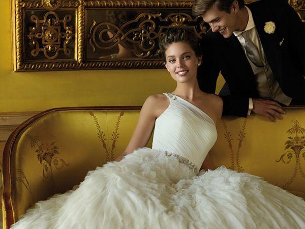 Os vestidos de casamento confortáveis devem ser a escolha da mulher que passará muito tempo vestida de noiva (Foto: Divulgação)