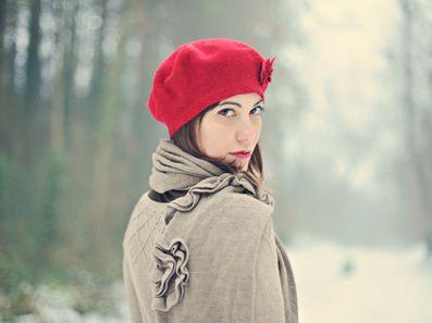 Há vários modelos de gorros e toucas femininas 2013, um para cada estilo e personalidade (Foto: Divulgação)
