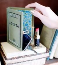 Bolsa em Formato de Livros Moda 2014