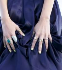 Você pode montar mix de anéis com o estilo que você quiser nesta temporada (Foto: Divulgação)