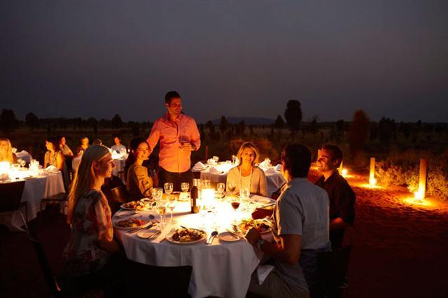 Que tal jantar contemplando as estrelas em Sounds of Silence (Foto: Divulgação)