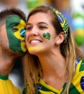 Os penteados para usar na Copa do Mundo podem ser o que você quiser e ainda ter os acessórios que você quiser (Foto: Divulgação)