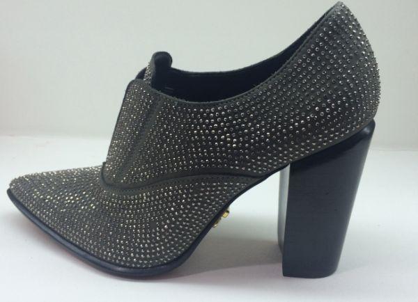 As tendências calçados inverno 2015 estão ultrademocráticas, para todos os gostos (Foto: couromoda.com.br)
