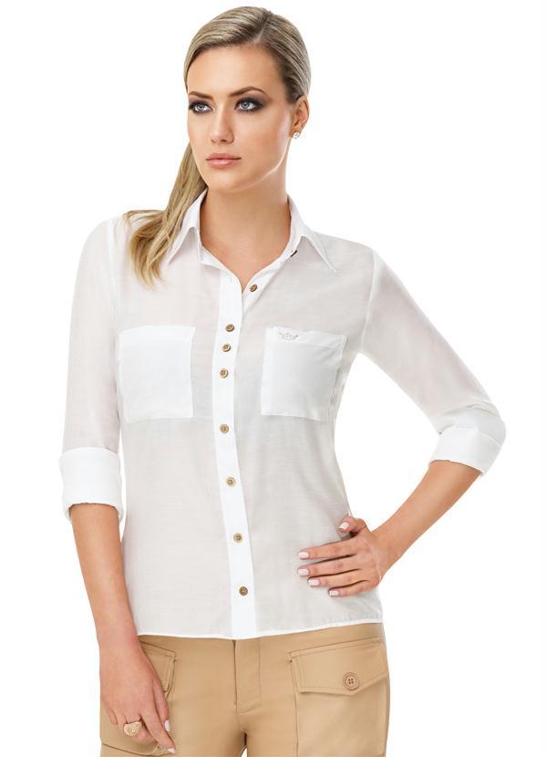 Siga algumas regrinhas e deixe mais fácil o momento de decidir o que vestir em entrevistas de emprego em dias quentes (Foto: posthaus.com.br) Camisa 99,90