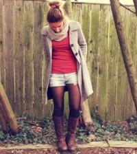 Looks com short e meia com estilo no inverno são visuais que podem ser curinga (Foto: pinterest.com)
