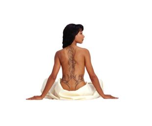Modelos de Tatuagem Feminina Tribal