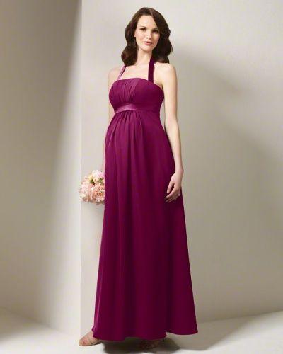 Os vestidos para madrinhas gestantes podem ser tão elegantes quanto qualquer outro (Foto: Divulgação)
