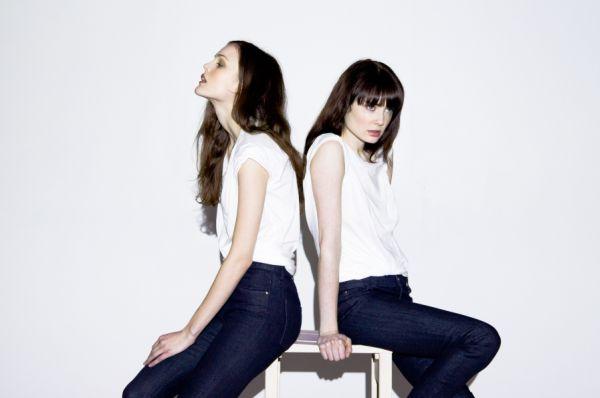 Invista nos modelos de jeans em alta no inverno 2013 e renove seu look básico (Foto: Divulgação)
