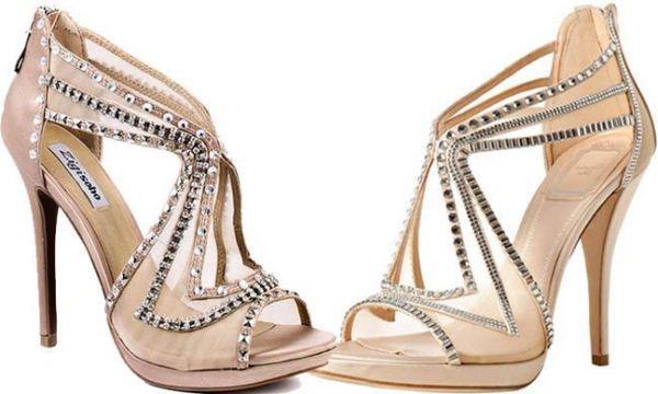 As sandálias para usar no inverno 2013 estão ainda mais diferenciadas e interessantes, com opções para todos os gostos e personalidades (Foto: Divulgação)