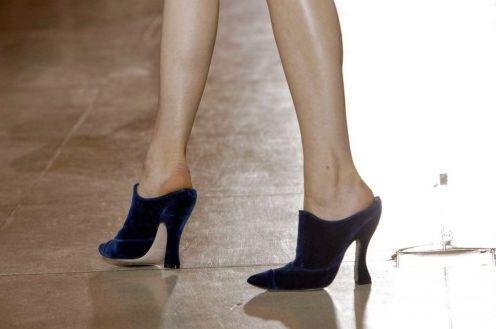 Os mules moda inverno 2013 estão ainda mais diferenciados e sofisticados, chegando a modelos bem glamorosos (Foto: Divulgação)