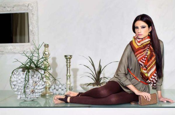 Usar pashmina com charme é mais simples do que você imagina (Foto: Divulgação)