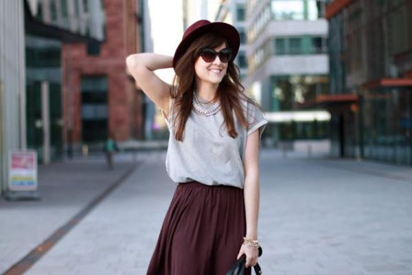 Invista na moda burgundy inverno 2013 para repaginar seu guarda-roupa e colorir seu inverno (Foto: Divulgação)