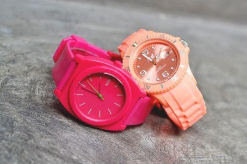 Os modelos de relógios femininos 2013 estão seguindo algumas tendências de moda da temporada, e chegam ainda mais interessantes (Foto: Divulgação)