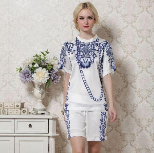 A tendência de moda de estampa de porcelana está fortíssima e dominará o próximo verão (Foto: Divulgação)
