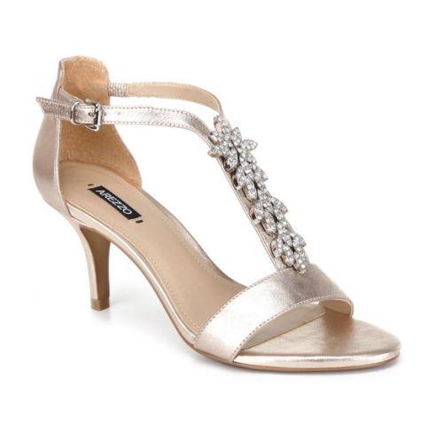 488421d50 Moda de Calçados para Usar no Natal 2013