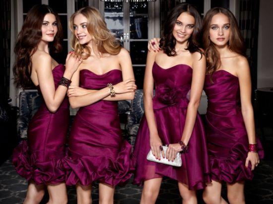 Busque logo seu modelo preferido entre os muitos vestidos para Natal 2013 antes que fique sem boas opções (Foto: Divulgação)