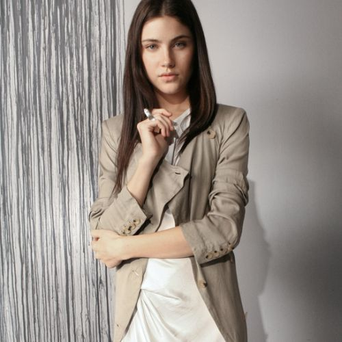 Os casaquinhos leves para o verão 2014 são peças-curinga no armário feminino (Foto: Divulgação)