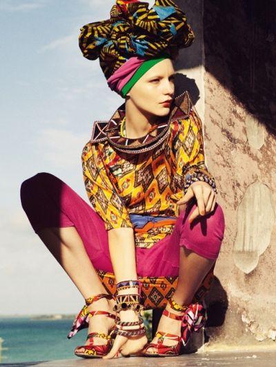 A tendência de moda étnica no verão 2013 2014 é fortíssima e você pode adotá-la de várias maneiras em seus looks (Foto: Divulgação)