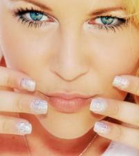 As unhas para a virada de ano 2014 podem seguir vários estilos diferentes, e aqui quem define o preferido é você (Foto: Divulgação)