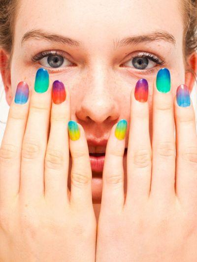 Os esmaltes e decoração de unhas para carnaval 2014 estão bem democráticos e com certeza você encontrará um modelo favorito (Foto: Divulgação)