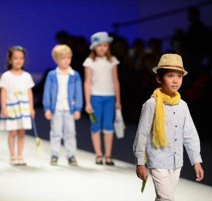É possível encontrar muita tendência infantil na moda 2014, para todos os estilos (Foto: Divulgação)