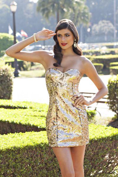 Usar vestidos curtos em festas exige cuidado na escolha do modelo do vestido (Foto: ellouva.com.br)