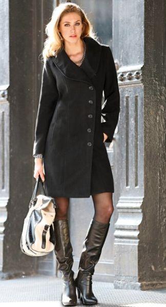 Usar sobretudo como vestido está em alta neste inverno (Foto: bonprix.com.br) 229,00