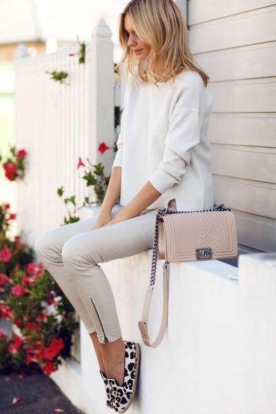 Não tenha preconceitos fashion, pois looks com roupas simples podem ser bem interessantes, sim (Foto: pinterest.com)