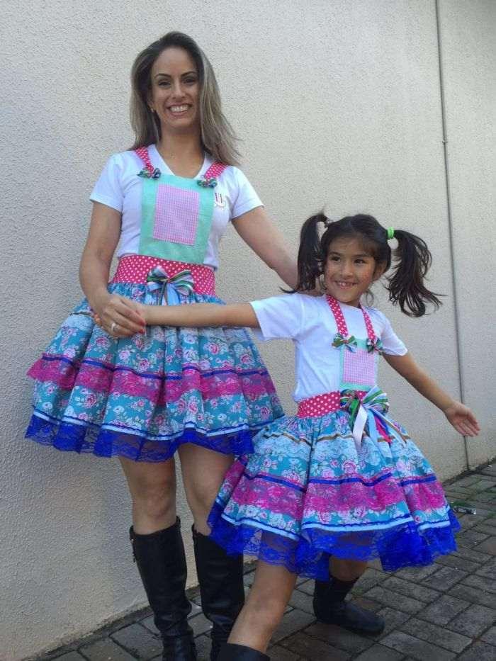 b6daa059f Mãe e filha festa junina 17. vestidos juninos