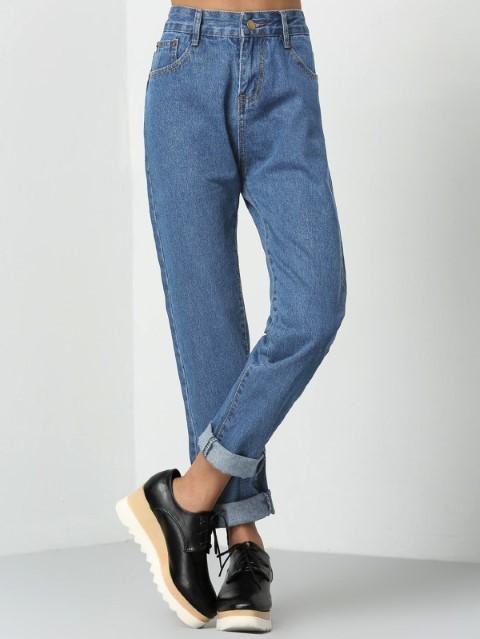 Calça mom jeans barra dobrada
