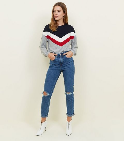 mom jeans ankle boot